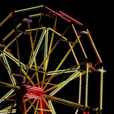 Ferris wheel at night2